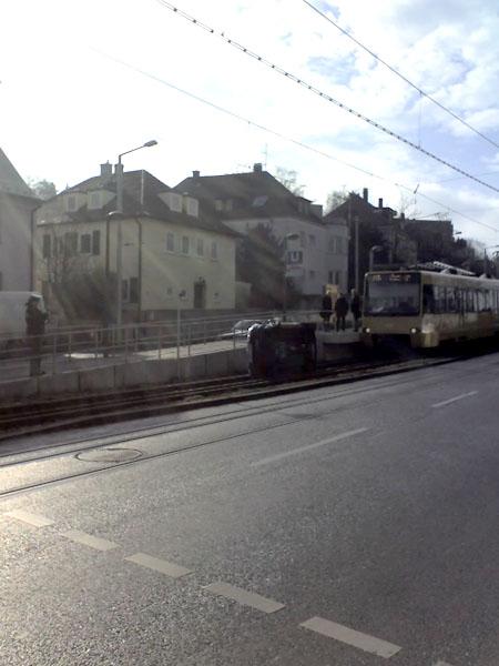 auto_strasenbahn
