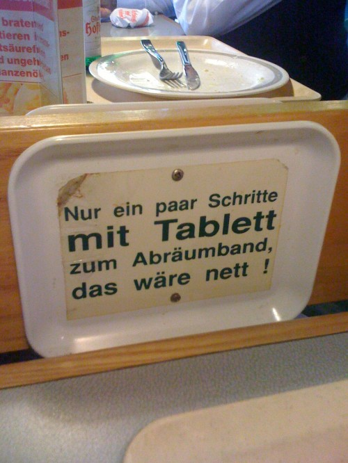 Nett reimt sich auf Tablett