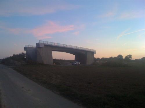 Brücke ins Nirgendwo