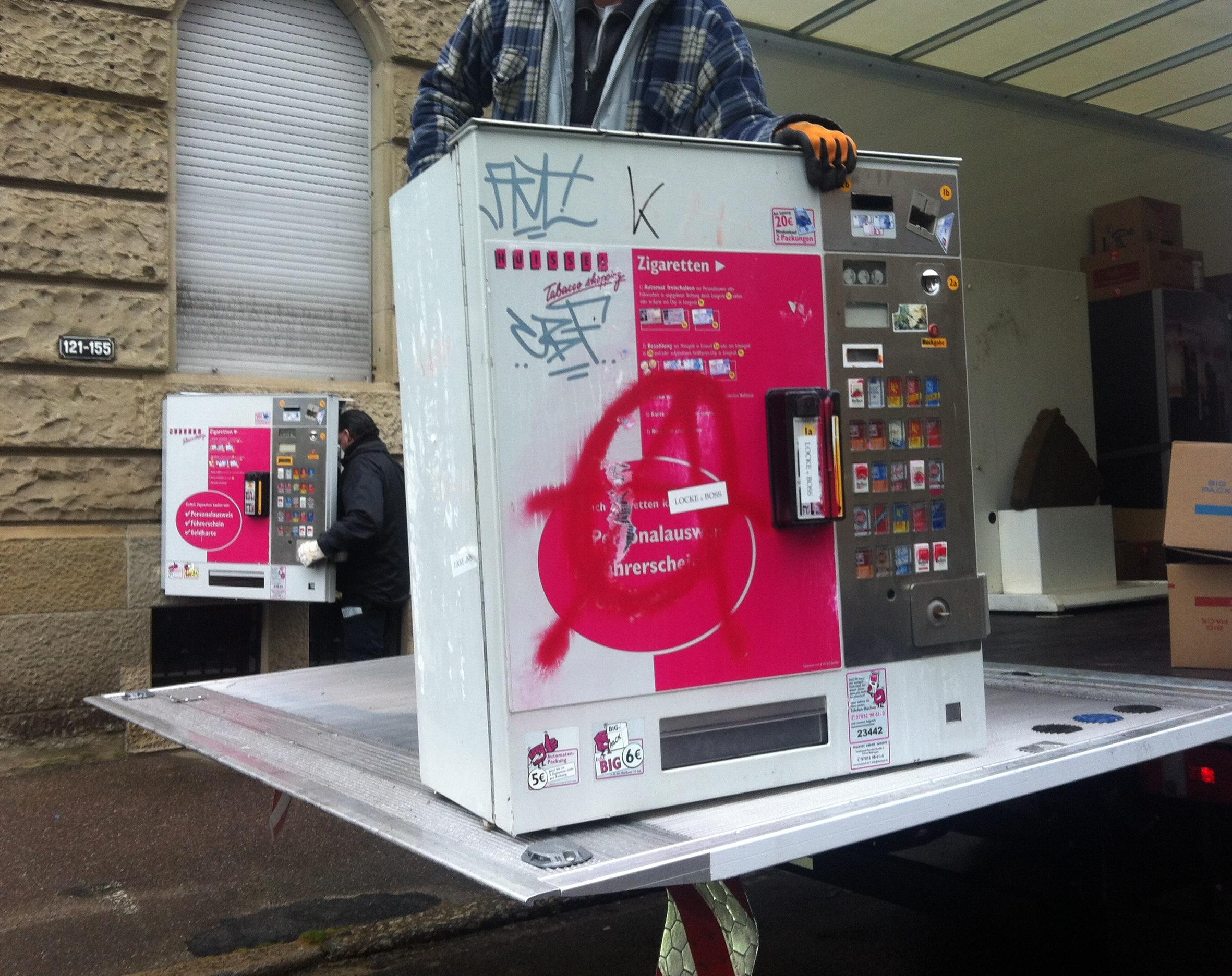Zigarettenautomat gestohlen