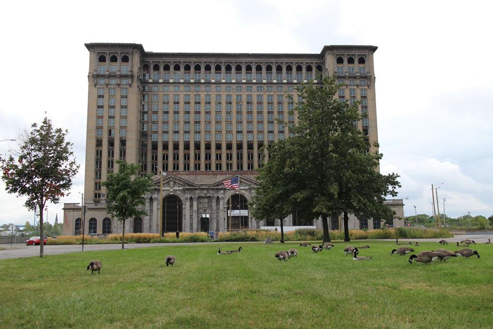 morri-in-Detroit---20-von-40