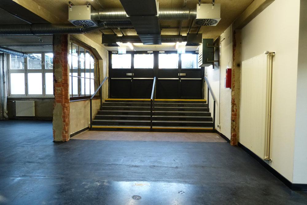 Der alte Zapata-Haupteingang dient nun in erster Linie als Fluchtweg.
