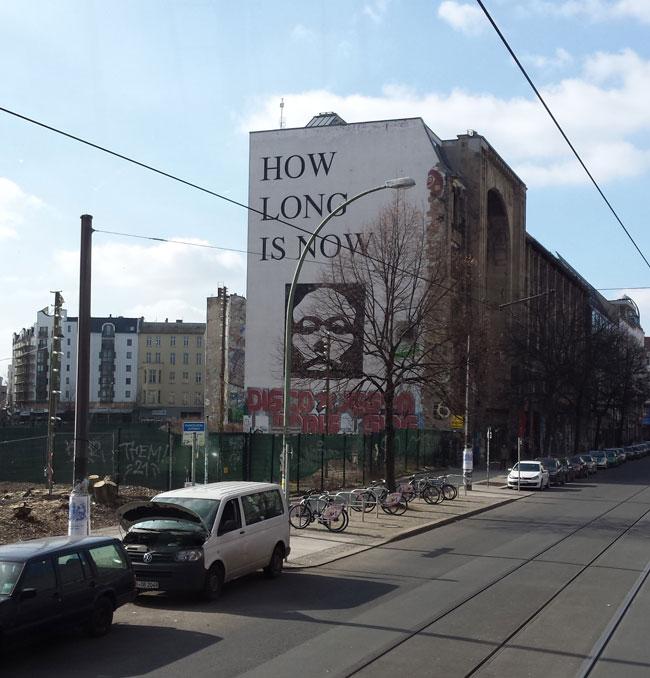 Was weiß ich denn wie lange jetzt ist? Wasn das für ne blöde Frage?11!!11 Ist das Kunst? Was soll das?!!11!!!!!!
