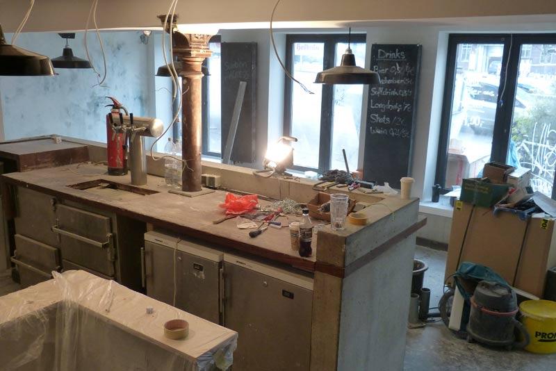 Die aus dem Meals & More bekannte Holzverkleidung wurde komplett entfernt