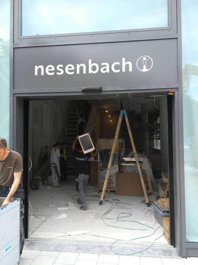 Nesenbach zieht Anfang Juni nach.