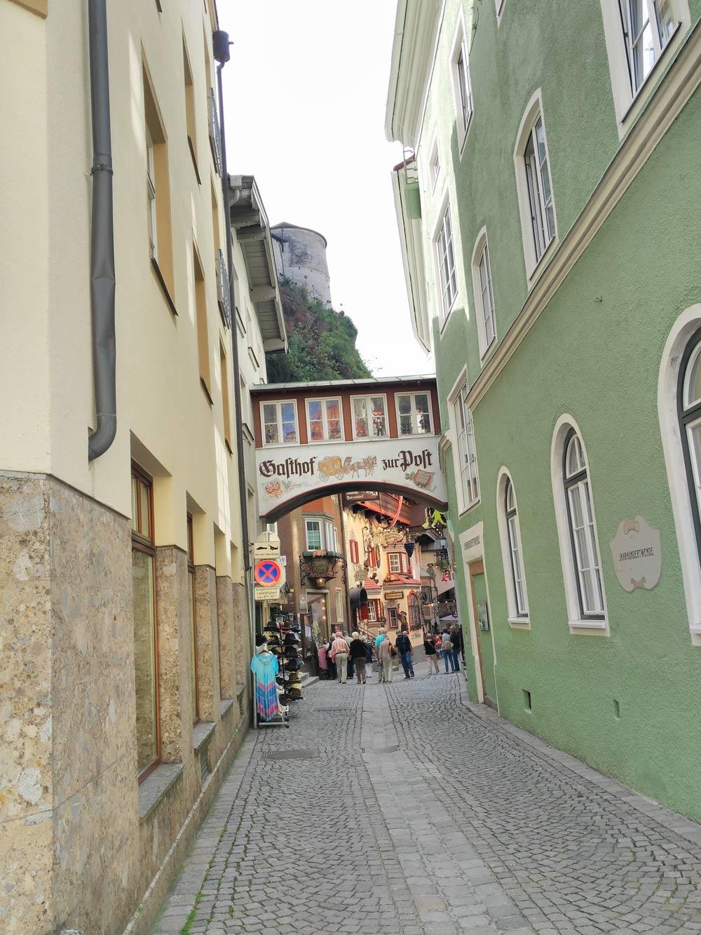 Eingang Altstadt. Alles 800 Jahre alt. Wenn ich richtig aufgepasst habe.