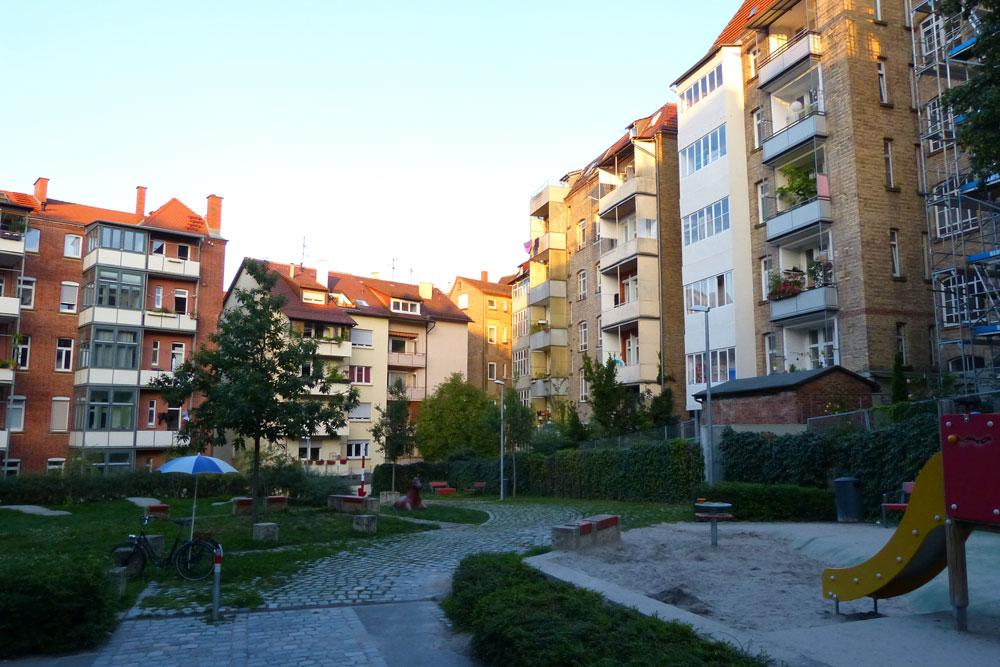 Rossbollagässle: Uhlbach in Swest. Nur anders.