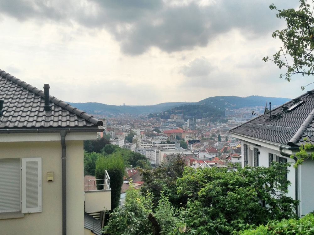 Stafflenbergstraße. Da will ich mal wohnen, wenn ich groß bin.