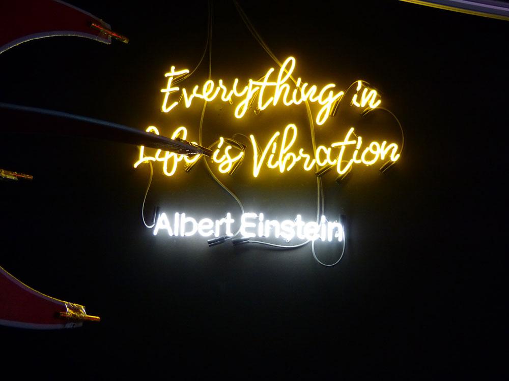 Albert Einstein liefert das Clubmotto.