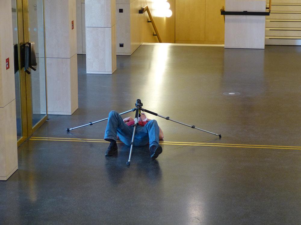 Schießte 300 Bilder und das ist halt dann doch das Beste. Oder wie Setzer meinte: Roboterspinne tötet wehrlosen Instagrammer.