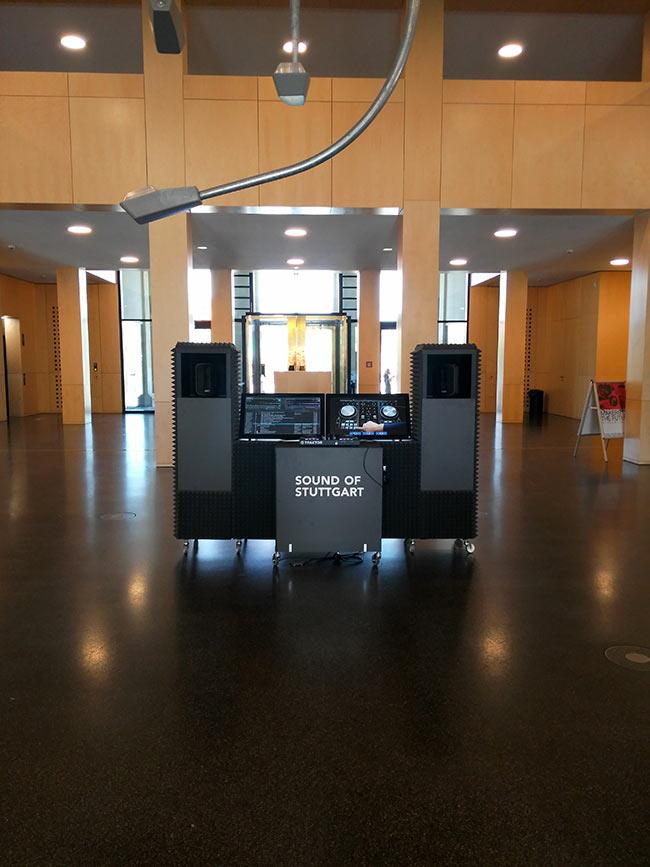 Und danach noch selbst den Sound of Stuttgart mixen - die gleichnamige, sehenswerte, besser gesagt erlebbare Dauerausstellung ist im 2. Stock zu sehen.