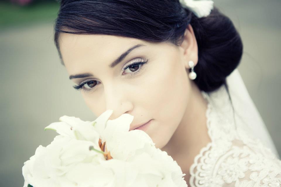 Hochzeit Wedding Makeup & Haare by Makeup-Artist Arbresha Dika aus Stuttgart