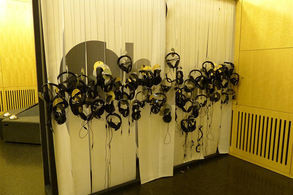 Teil eins der Ausstellung befindet sich im Saal Marie...