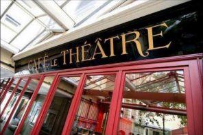 Café Le Théâtre verwüstet