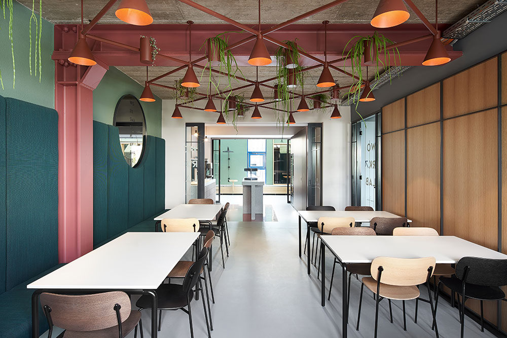 Studio-Komo---Urban-SpaceS-2_cafeteria