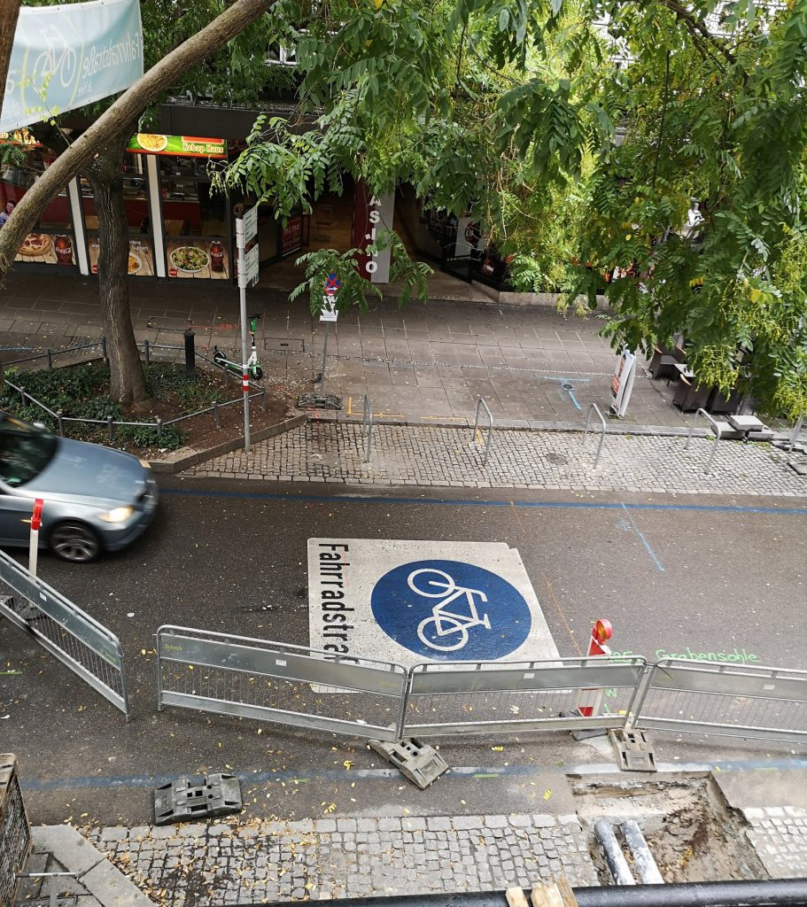 Symbolbild Fahrradstraße Eberhardstraße